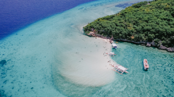 """7 places to travel in the """"Philippines"""""""