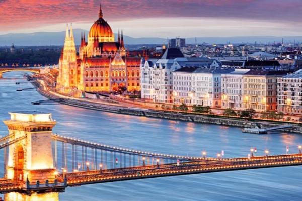 HUNGARY, beautiful architecture